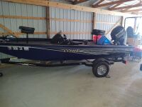 Lowe Stinger 175 Bass Boat With Trailer (selling from Fowler Auction's lot in Toney, AL); Boat VIN US-LWC07546D717; Trailer VIN 5KTBS1916JF500385; ; Buyer will pay taxes at courthouse - 4