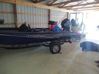 Lowe Stinger 175 Bass Boat With Trailer (selling from Fowler Auction's lot in Toney, AL); Boat VIN US-LWC07546D717; Trailer VIN 5KTBS1916JF500385; ; Buyer will pay taxes at courthouse - 6