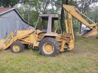 Case/Tenneco 35C Backhoe, showing 1107 hrs..  Runs off starting fluid.  It will need a switch and battery. - 5