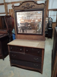 "DRESSER WITH MIRROR, approx. 41"" x 18"" x 31"", mirror approx. 44"" x 37"""