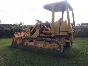 Komatsu Dozer (believed to be a 1970's model and it does run)