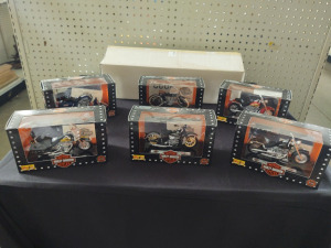 HARLEY-DAVIDSON Motorcycle 6-Piece DIE-CAST Models by Maisto