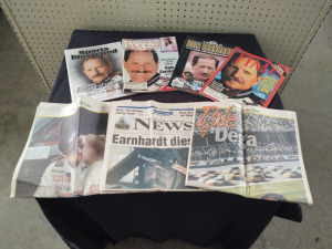MAGAZINE COVERS & NEWSPAPER ARTICLES FEATURING DALE EARNHARDT, SR.