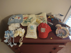 ASSORTMENT OF VINTAGE BABY'S CLOTHING & MORE