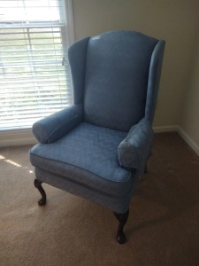 KING HICKORY HIGH BACK QUEEN ANNE STYLE ARM CHAIR