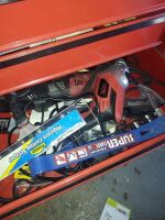 CRAFTSMAN ROLLING TOOLBOX WITH TOOLS - 3