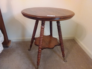 Victorian Style Round Parlor Table