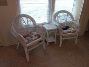 3-Piece Wicker Set With Cushions