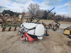 3-PT HITCH 300-GAL. SPRAYER WITH BOOM