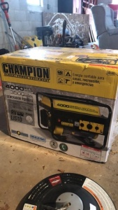 Champion 4000 Starting Watts / 3,500 Running Watts Generator (in box, never ran)