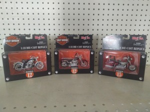 Maisto 1:18 Die-Cast Replicas:  Series 15 2001 FLHRSE CVO Custom Road King, Series 12 2001 FXSTS Springer Softail, Series 12 1958 Duo Glide