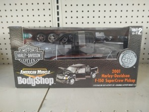 American Muscle Harley-Davidson 2001 F-150 SuperCrew Pickup 1:18 Die-Cast Model, NIB