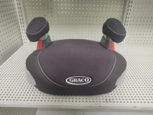 Graco Booster Seat With Cup Holders, Gray/Black