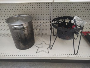 Propane Cooker With Large Stock Pot & Chicken Holder