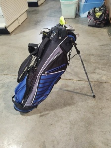Tommy Armour Golf With Carry Stand & Clubs