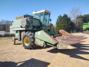 JOHN DEERE 4400 COMBINE WITH  4-ROW CORN HEAD & 14' GRAIN HEAD; 2,782 HOURS