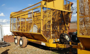 20' KBH BOLL BUGGY WITH PACKER; BROKEN AXLE (HAS A REPLACEMENT AXLE); LOCATED OFF SITE IN NEW MARKET, AL.  CALL ANDREW HEARD @ (931) 638-5499 FOR MORE INFORMATION.