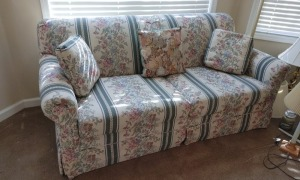 Floral Sleeper Sofa (matches Lot #1)