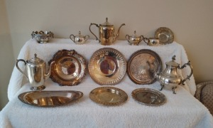 Silverplated Serving Trays, Kettles & Cream/Sugar Bowls