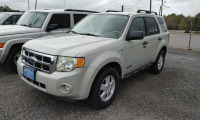 2008 FORD ESCAPE; VIN# 1FMCU03178KB93720; 92,925 MILES - 2