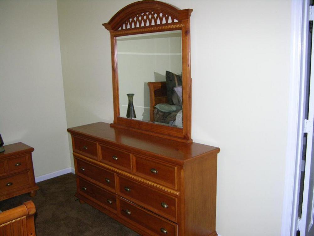 Awesome 7 Drawer Dresser With Mirror, By Rivers Edge Furniture Co.   Current Price:  $75