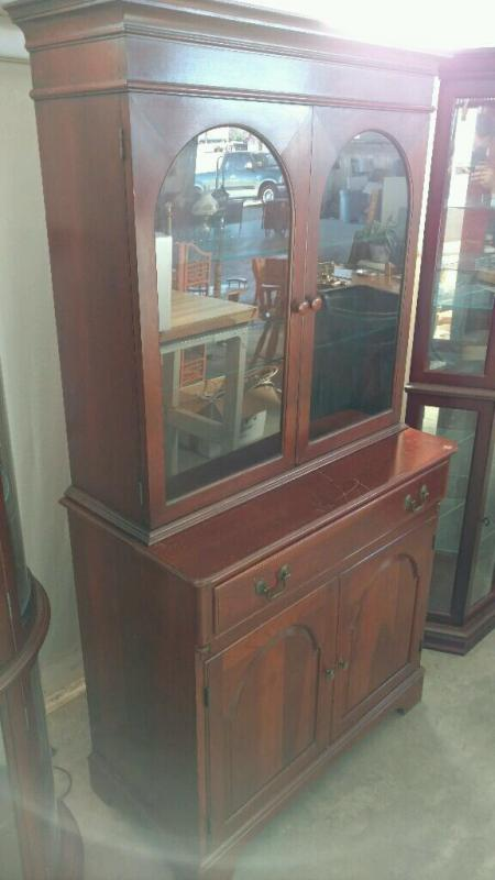 Lewisburg Chair U0026 Furniture Co. Pennsylvania House Reproduction China  Cabinet   Current Price: $75